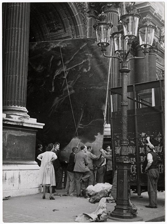 5. Movilización de la pintura La Balsa de la Medusa a iniciosde 1938, para protegerlas de los ataques durante la II Guerra Mundial