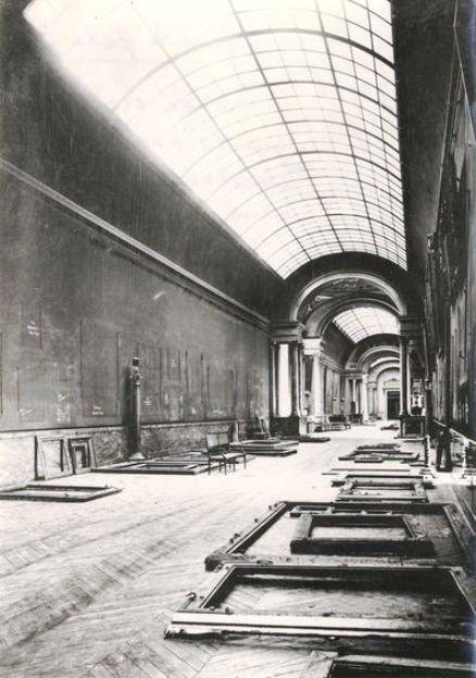 8. Salas Museo Louvre durante la guerra
