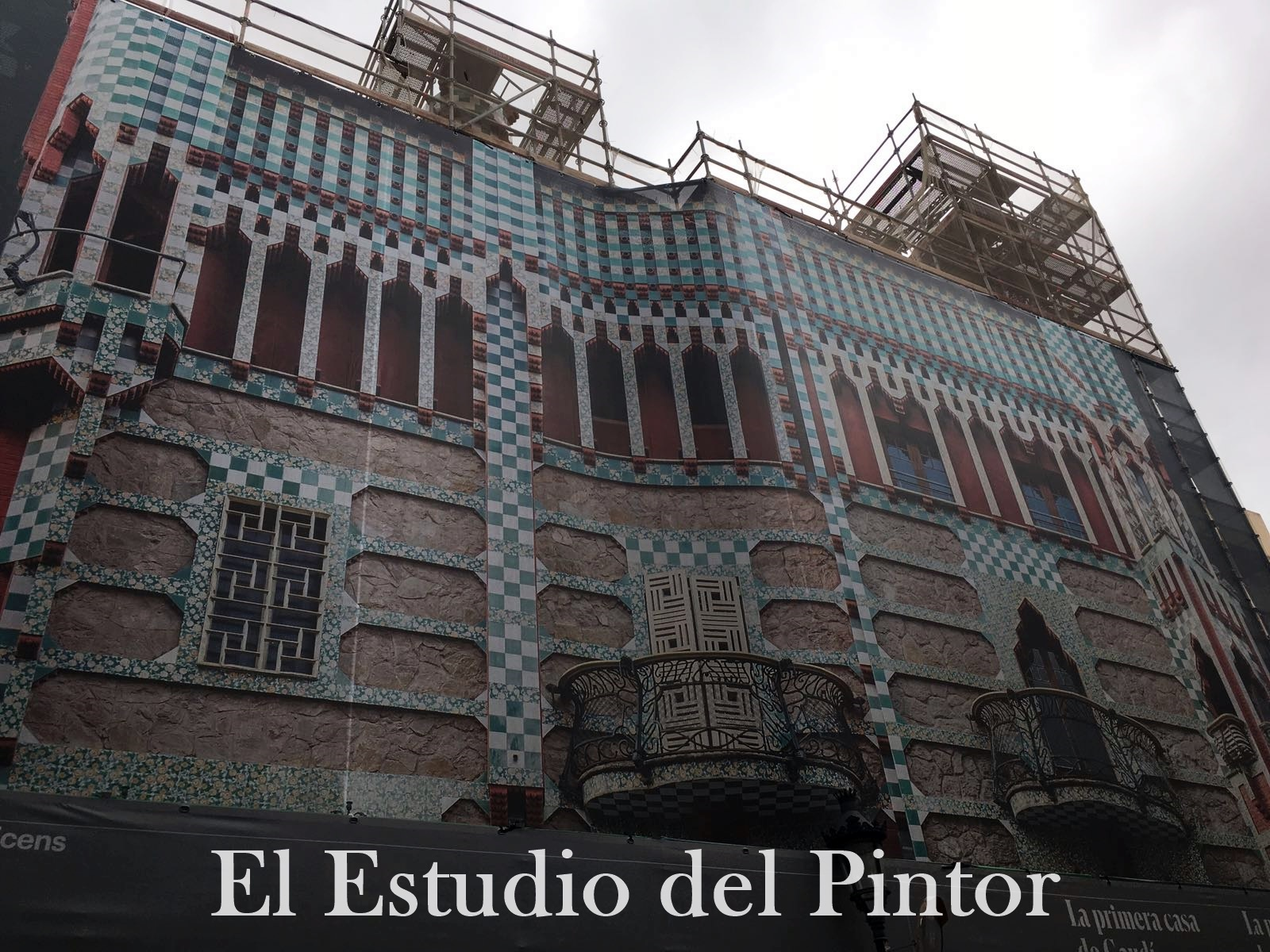 3. Casa Vincens, Gaudí