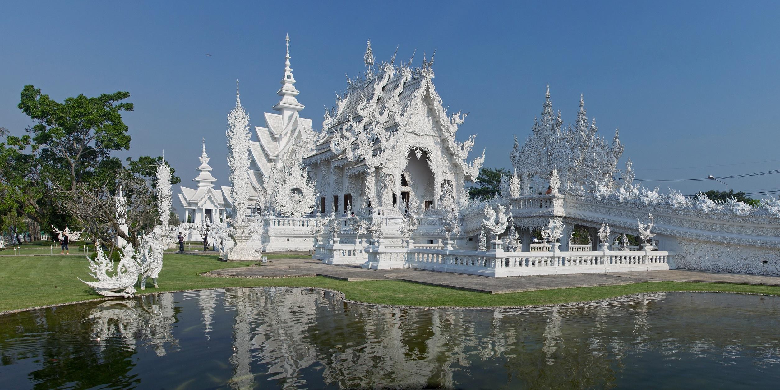 10. Wat Rong Khun