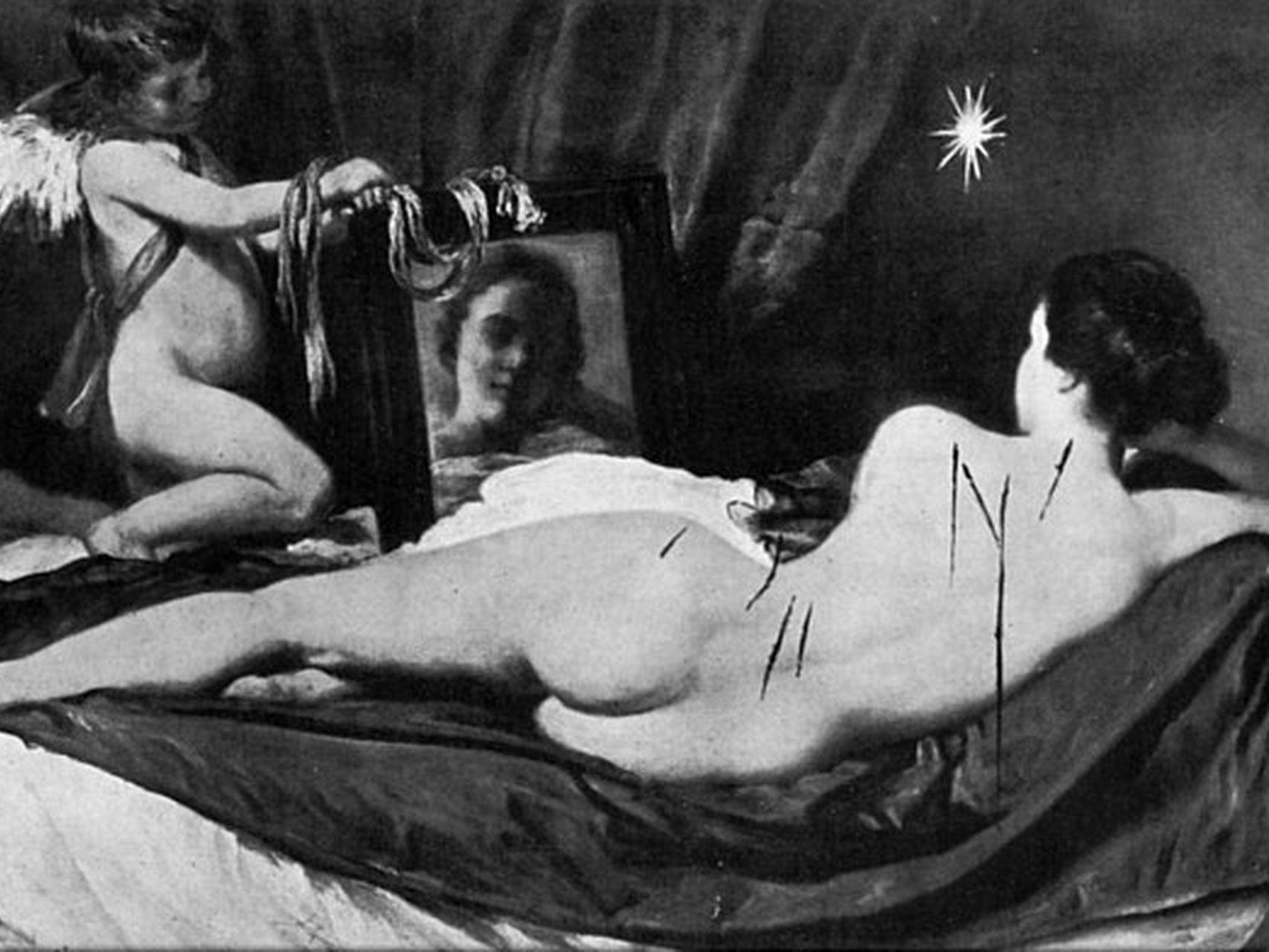 Venus del espejo atacada